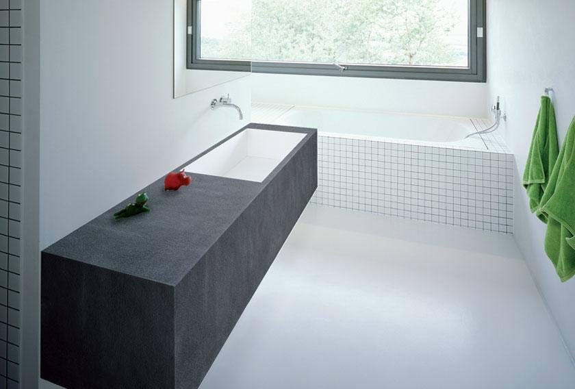 Cómo utilizar la piedra natural en un baño